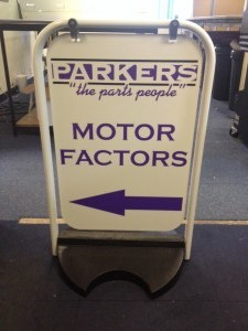 Parkers Pavement Swinger Sign